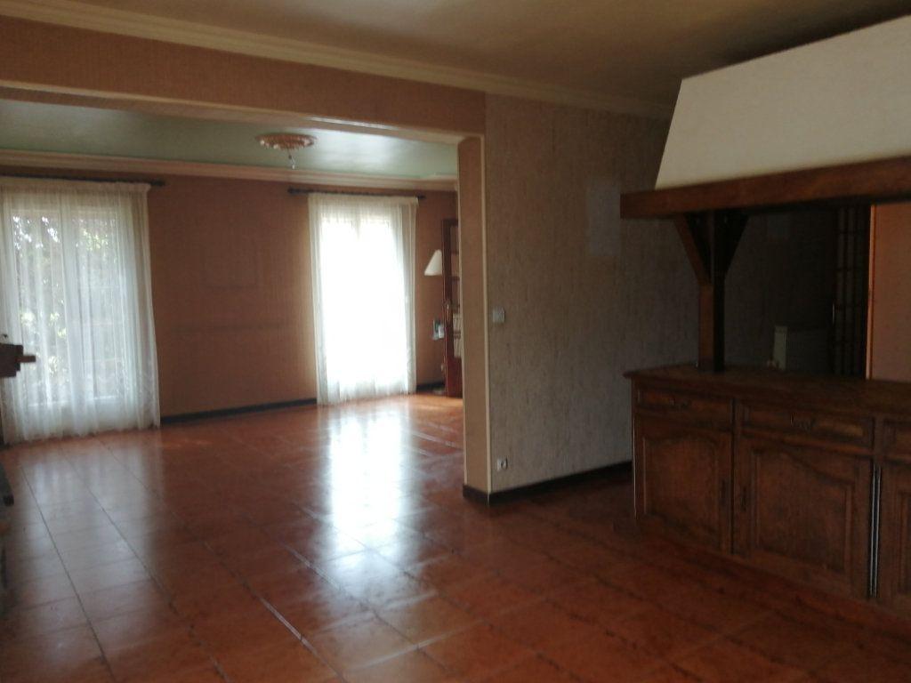 Maison à vendre 8 193m2 à Rogny-les-Sept-Écluses vignette-3