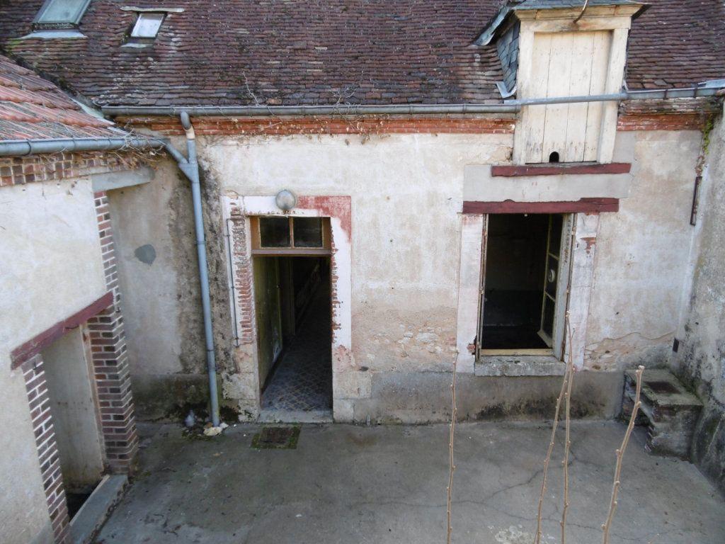 Maison à vendre 4 108m2 à Châtillon-Coligny vignette-1