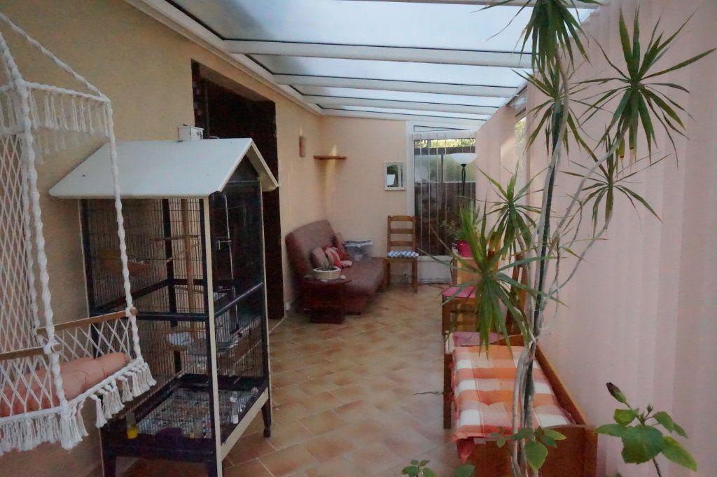 Maison à vendre 5 105m2 à Les Bordes vignette-5