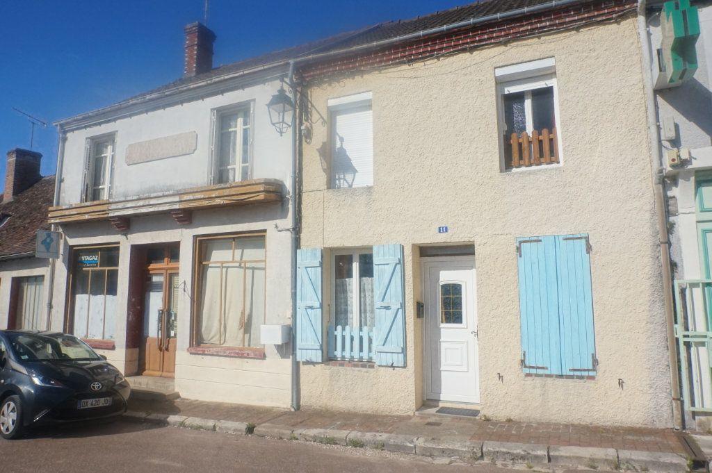 Maison à vendre 4 90m2 à Rogny-les-Sept-Écluses vignette-1