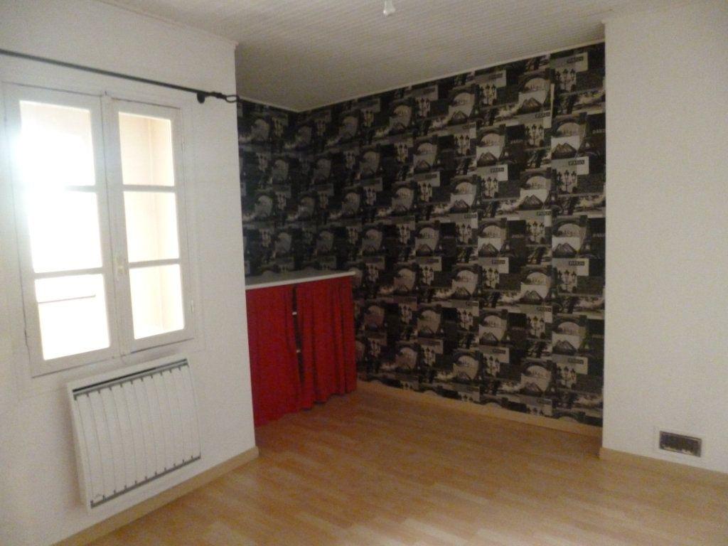 Maison à vendre 5 124m2 à Châtillon-Coligny vignette-11