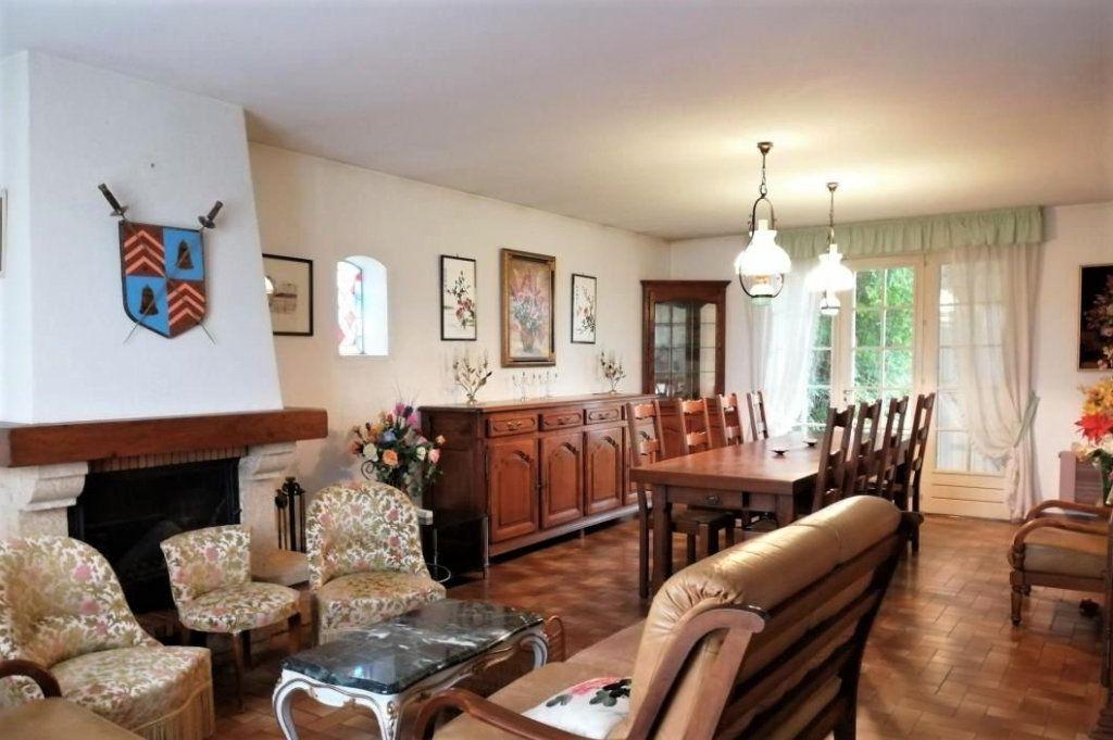 Maison à vendre 6 180m2 à Quiers-sur-Bézonde vignette-4