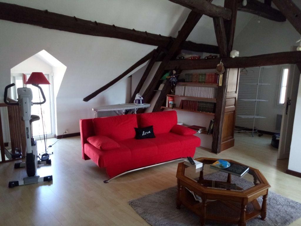 Maison à vendre 5 106.73m2 à Ladon vignette-2