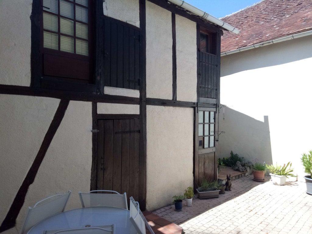 Maison à vendre 5 106.73m2 à Ladon vignette-10