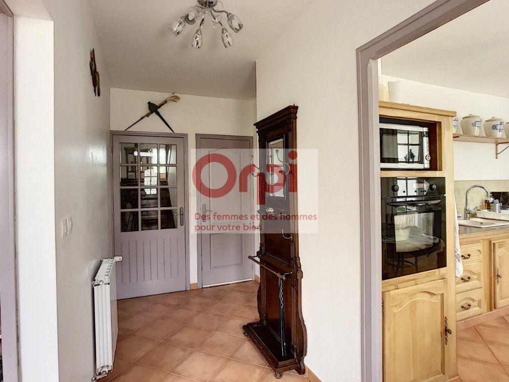 Maison à vendre 8 235.36m2 à Montbouy vignette-8