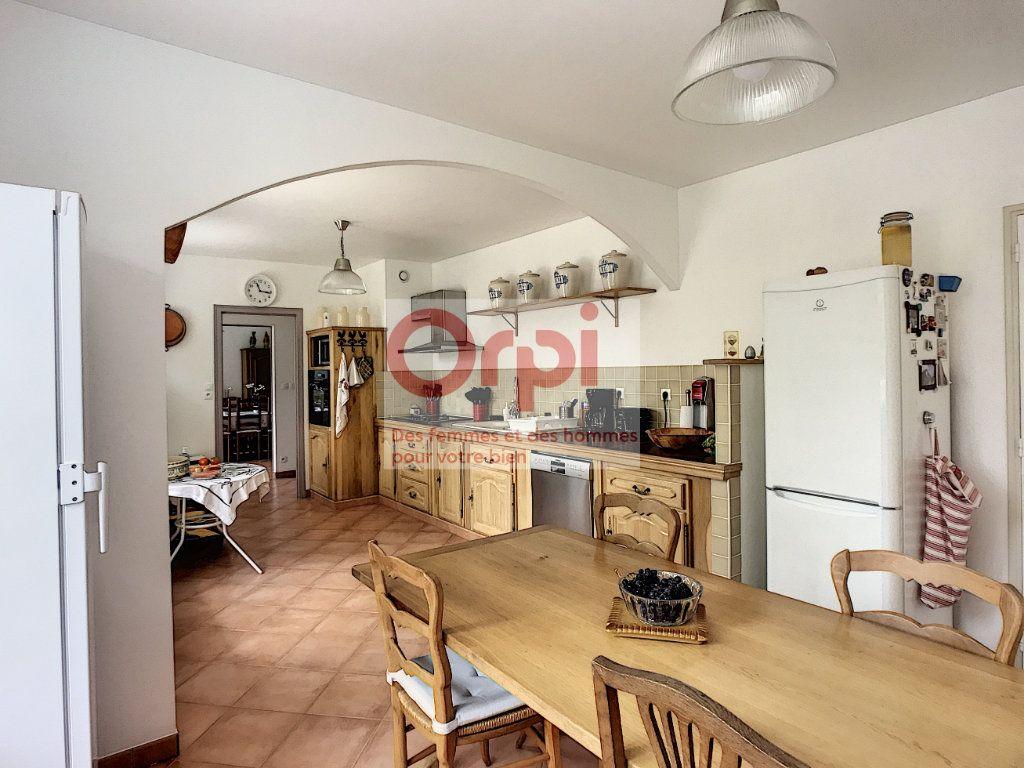 Maison à vendre 8 235.36m2 à Montbouy vignette-11