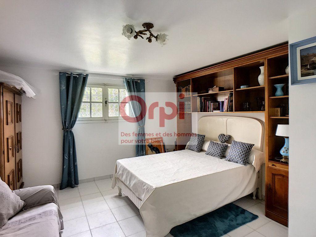 Maison à vendre 8 235.36m2 à Montbouy vignette-13