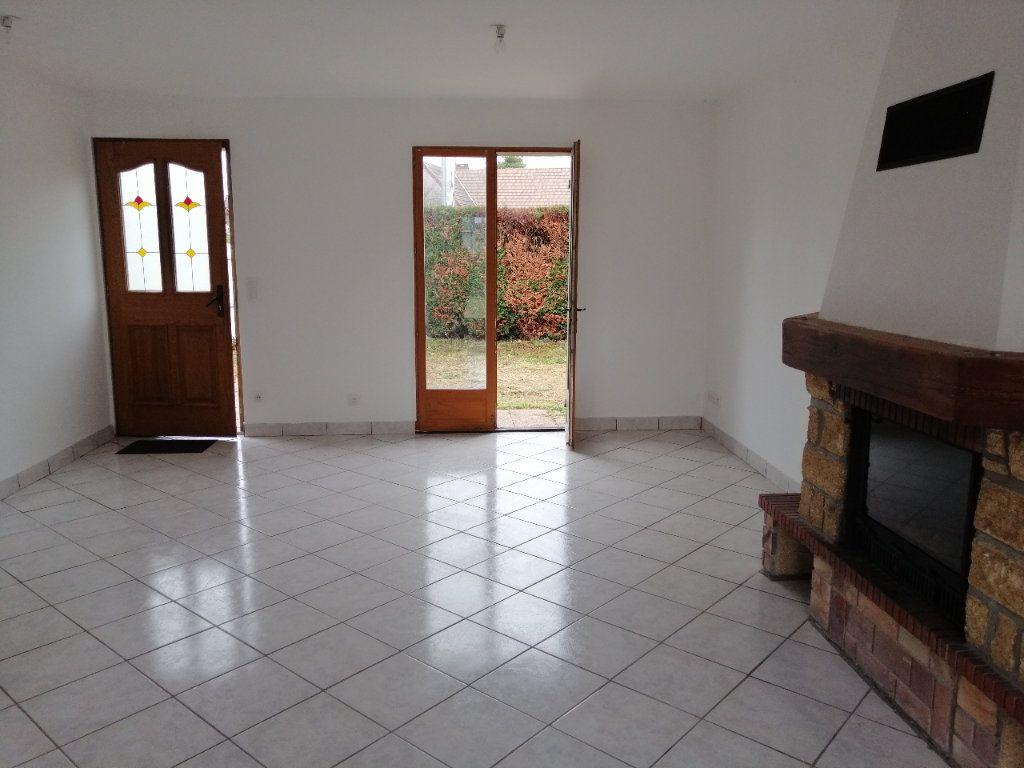 Maison à vendre 4 71m2 à Sully-sur-Loire vignette-5