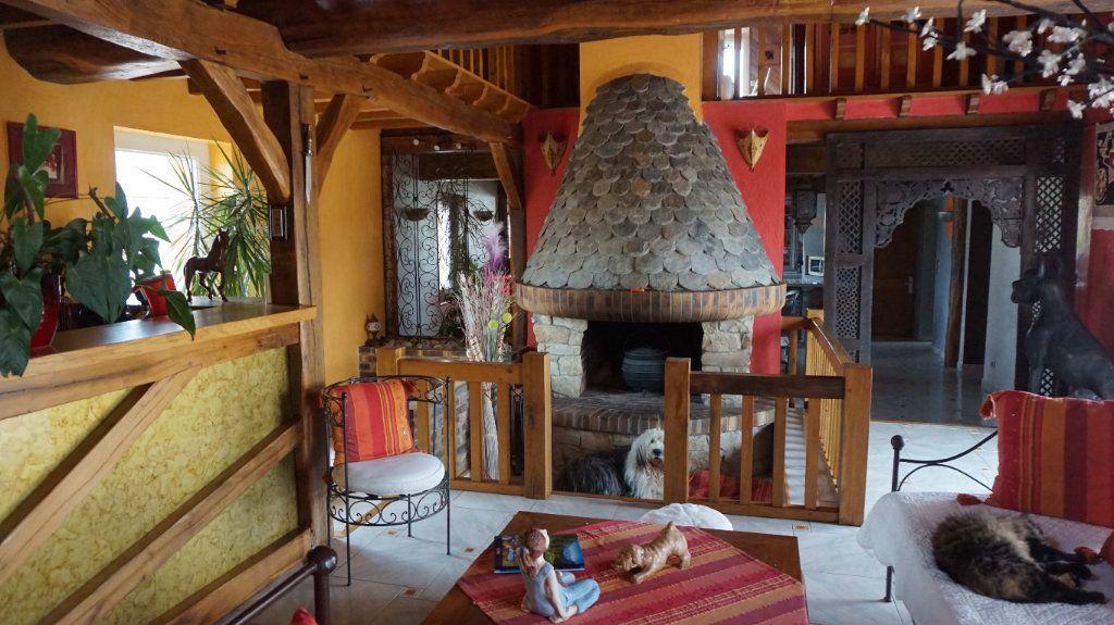 Maison à vendre 8 205m2 à Le Moulinet-sur-Solin vignette-1
