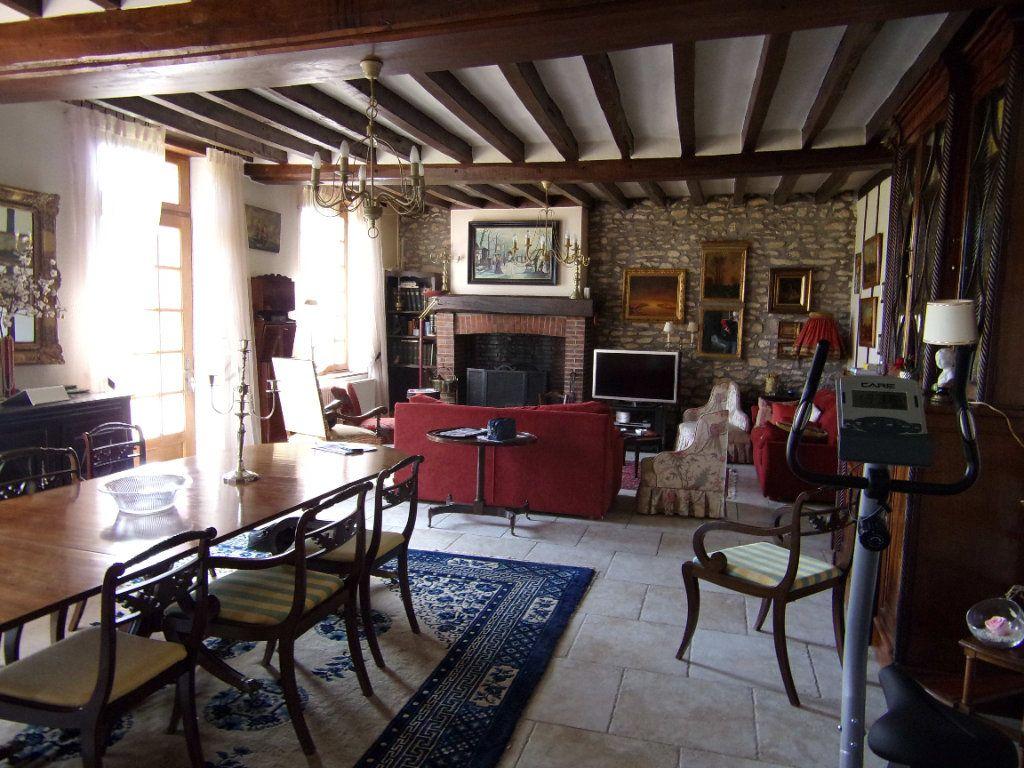 Maison à vendre 8 194m2 à Noyers vignette-2