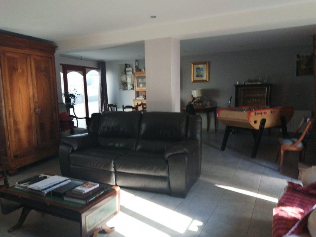 Maison à vendre 7 156m2 à Rogny-les-Sept-Écluses vignette-1