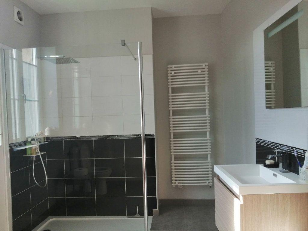 Maison à vendre 7 156m2 à Rogny-les-Sept-Écluses vignette-4