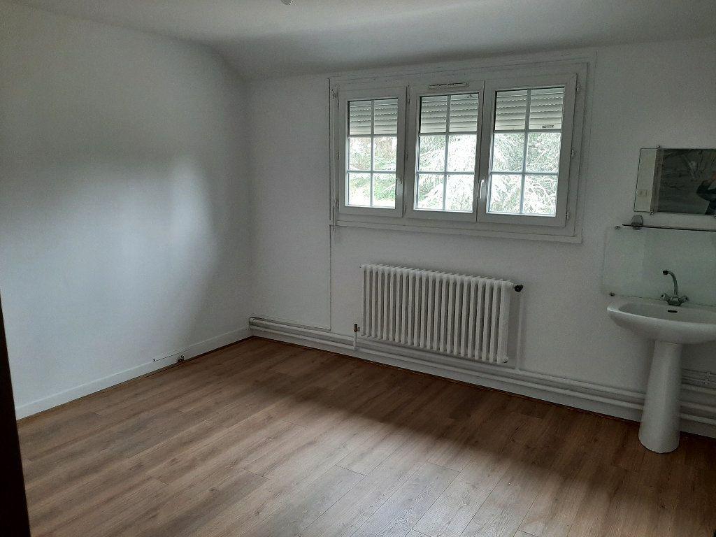 Maison à louer 7 157.04m2 à Villemurlin vignette-6