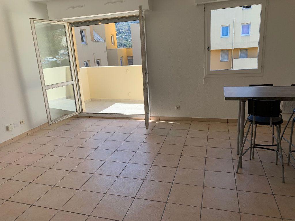 Appartement à louer 1 29.18m2 à Carros vignette-1