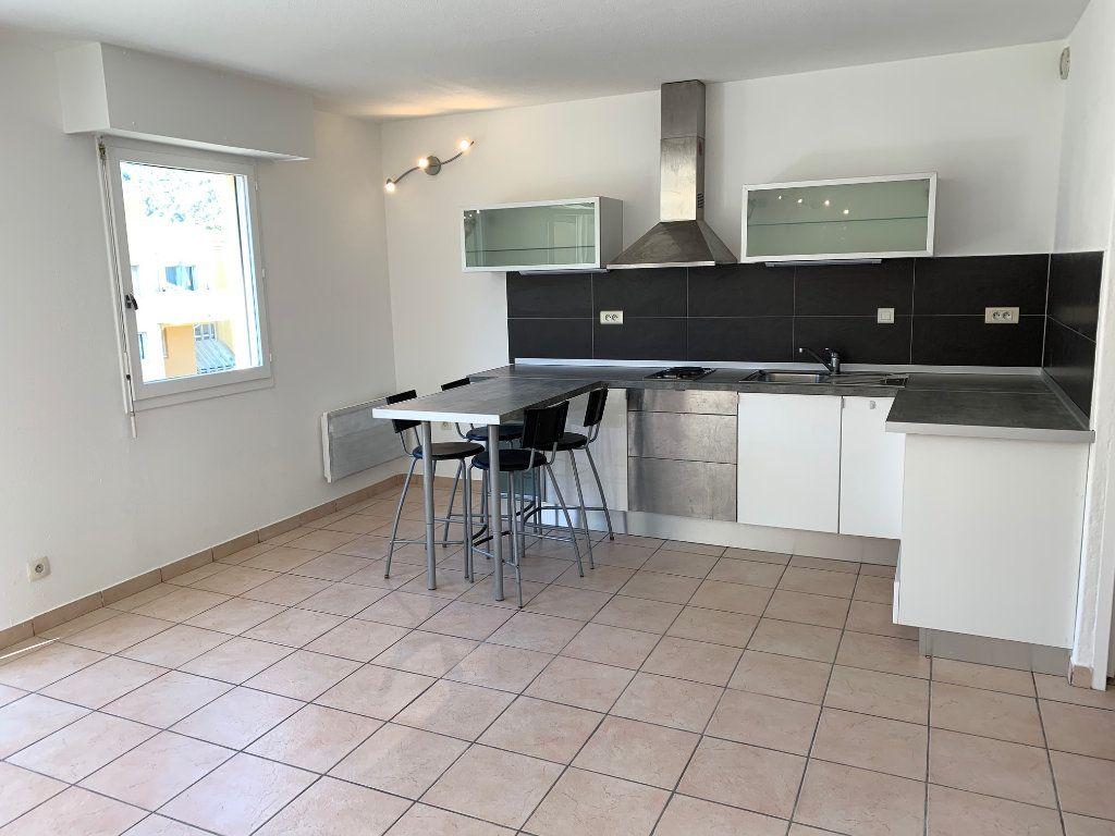 Appartement à louer 1 29.18m2 à Carros vignette-2
