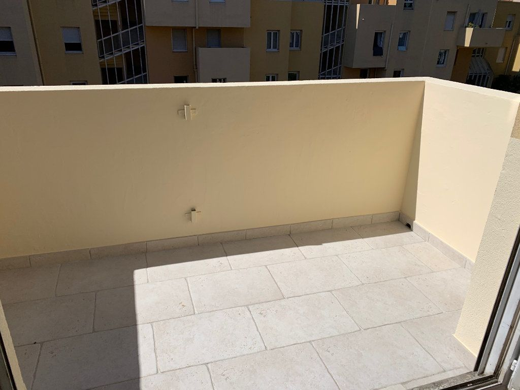 Appartement à louer 1 29.18m2 à Carros vignette-3