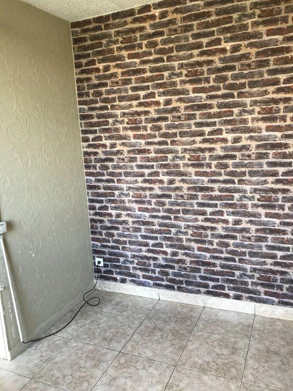Appartement à louer 4 67m2 à Carros vignette-7