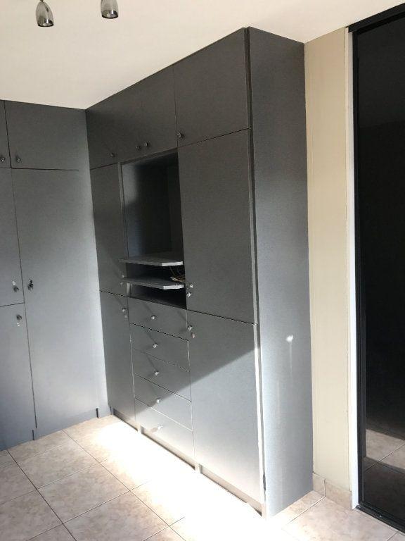 Appartement à louer 4 67m2 à Carros vignette-8