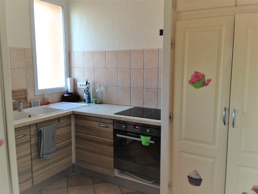Appartement à louer 4 91m2 à Nice vignette-2