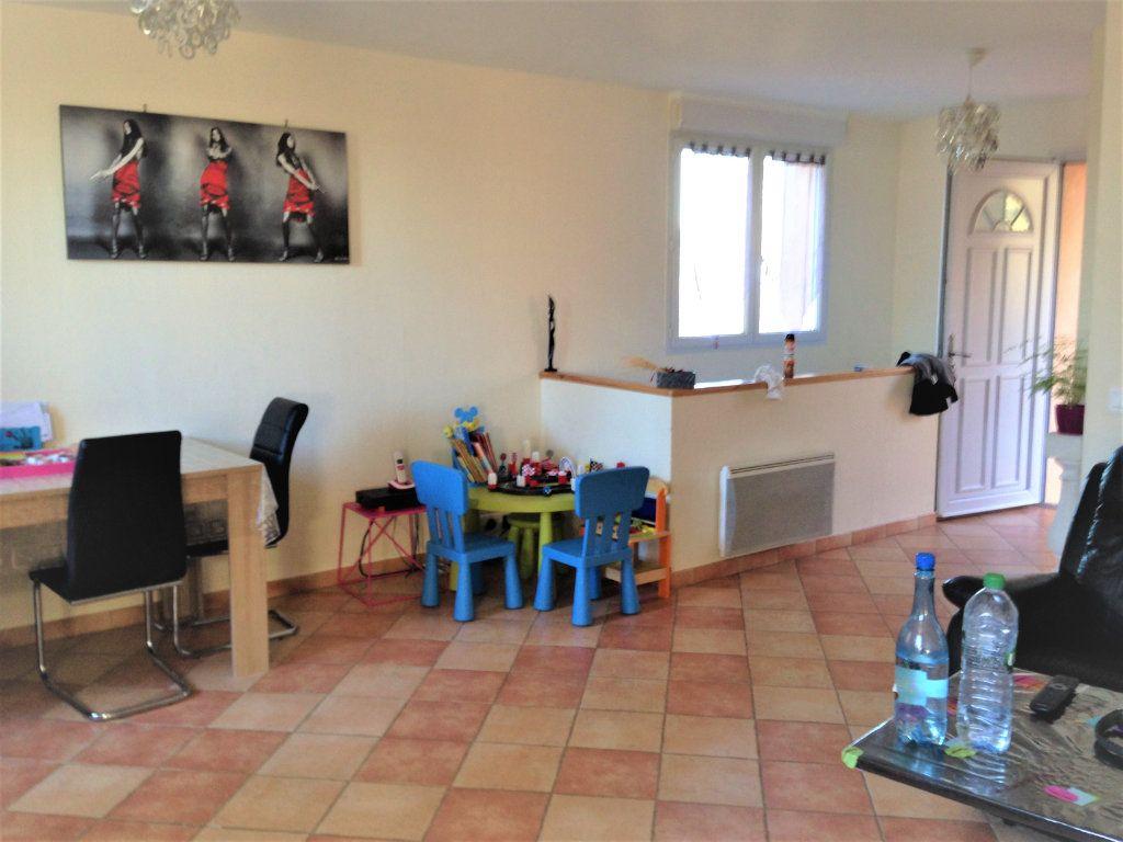 Appartement à louer 4 91m2 à Nice vignette-3