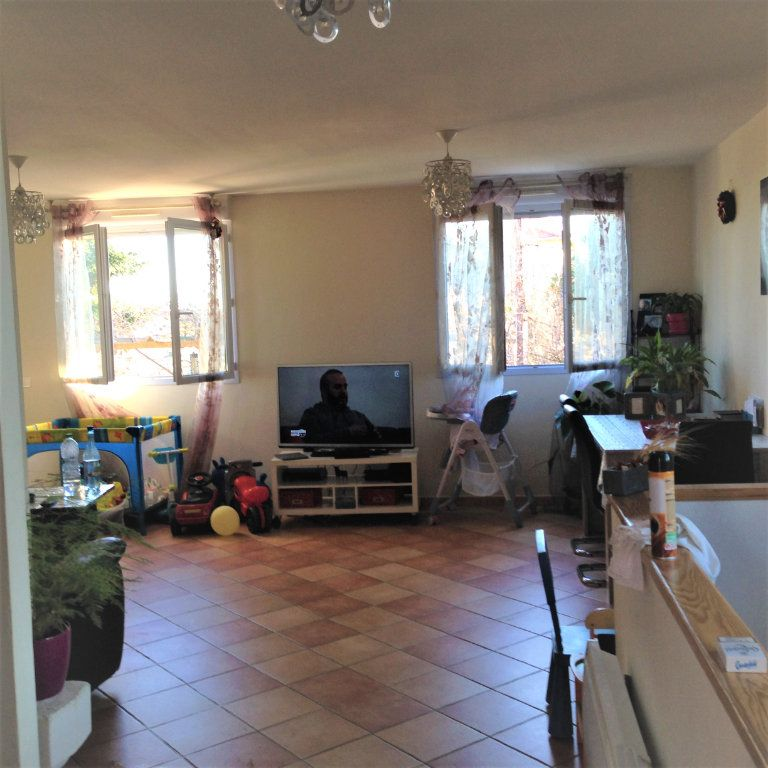 Appartement à louer 4 91m2 à Nice vignette-4
