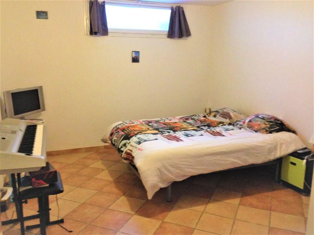 Appartement à louer 4 91m2 à Nice vignette-6