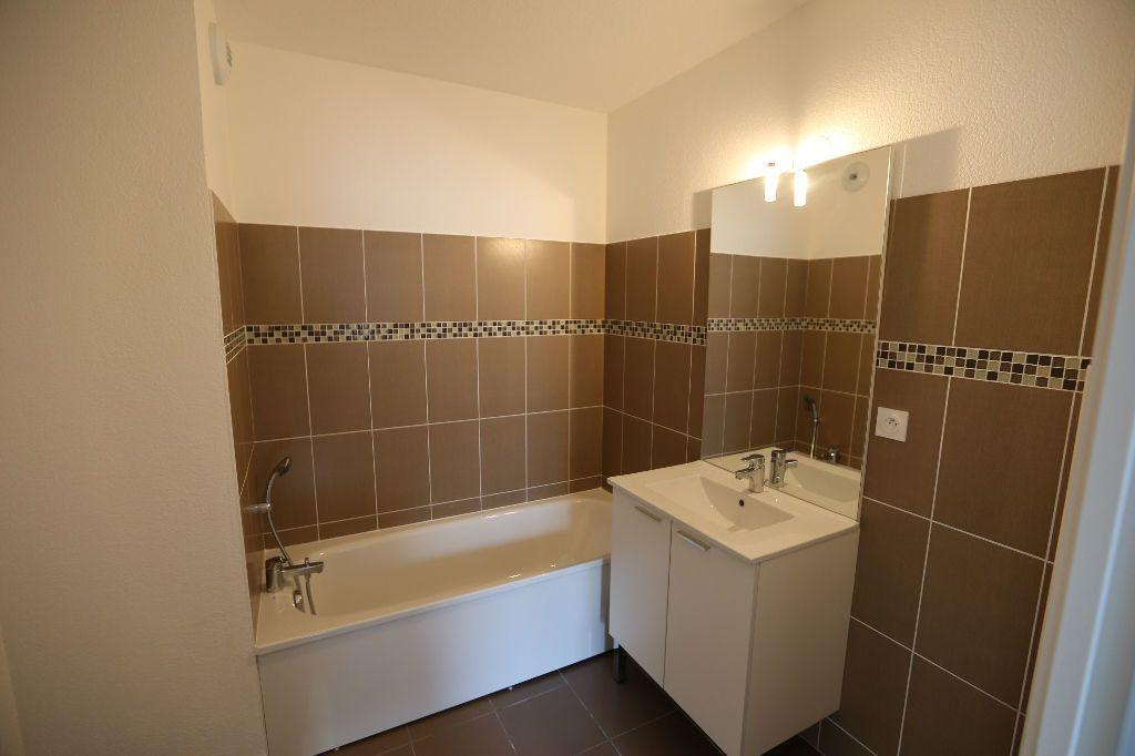 Appartement à louer 2 41m2 à Carros vignette-10