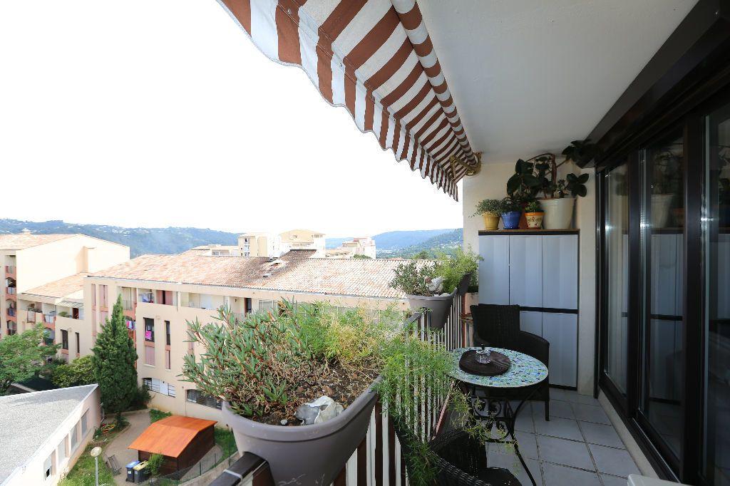 Appartement à vendre 4 85.98m2 à Carros vignette-3