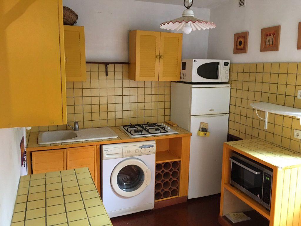 Appartement à louer 3 53.29m2 à Gilette vignette-2