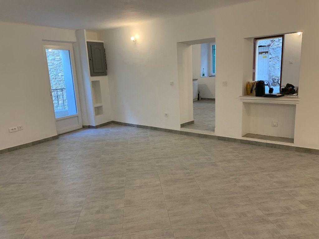 Appartement à vendre 2 69m2 à Gattières vignette-2