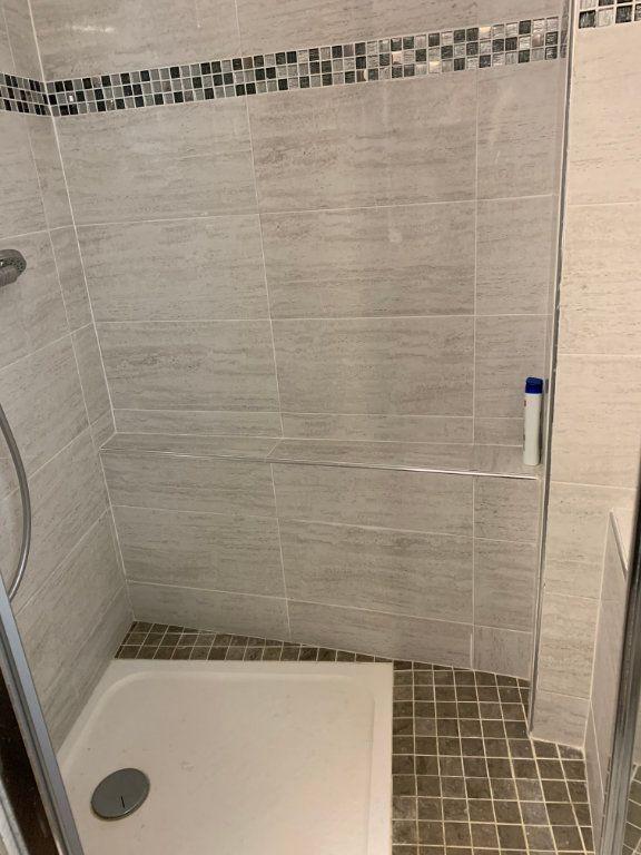 Appartement à vendre 2 69m2 à Gattières vignette-10