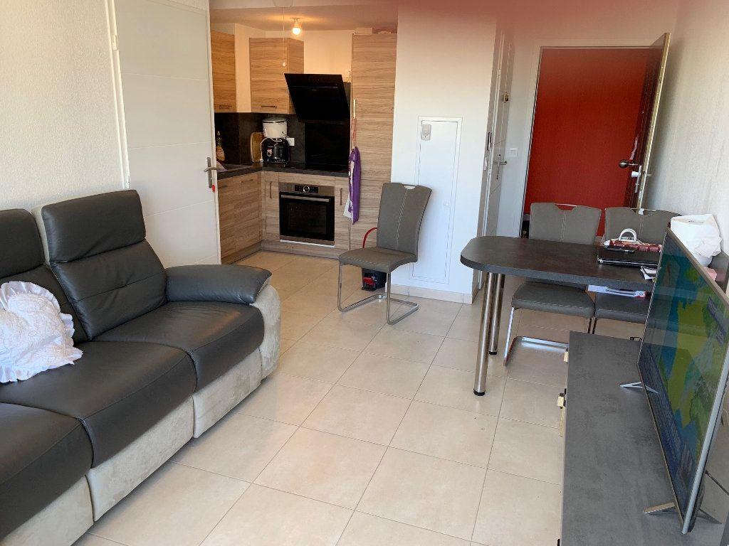 Appartement à louer 2 35.34m2 à Carros vignette-3