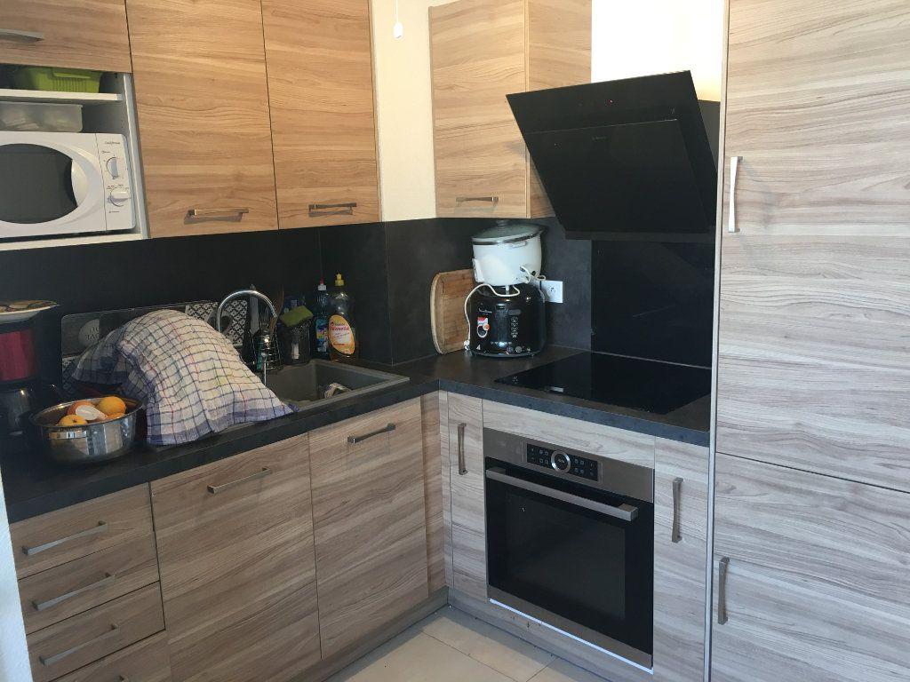 Appartement à louer 2 35.34m2 à Carros vignette-4