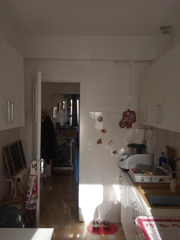 Appartement à louer 3 68.91m2 à Nice vignette-4