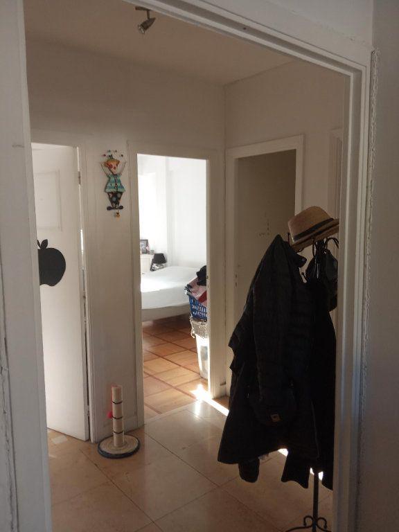 Appartement à louer 3 68.91m2 à Nice vignette-5