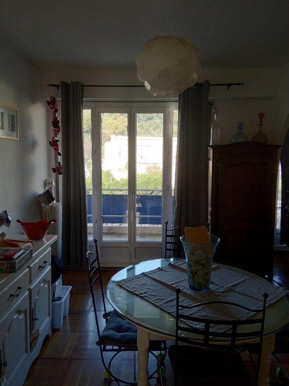Appartement à louer 3 68.91m2 à Nice vignette-7
