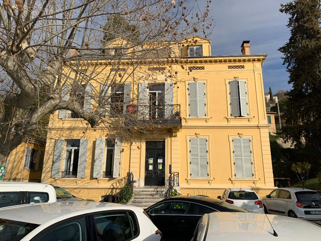 Maison à vendre 19 618m2 à Grasse vignette-3