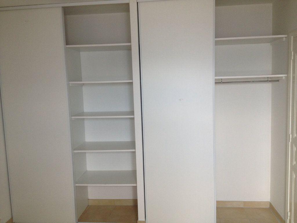 Appartement à louer 3 61.88m2 à Carros vignette-6