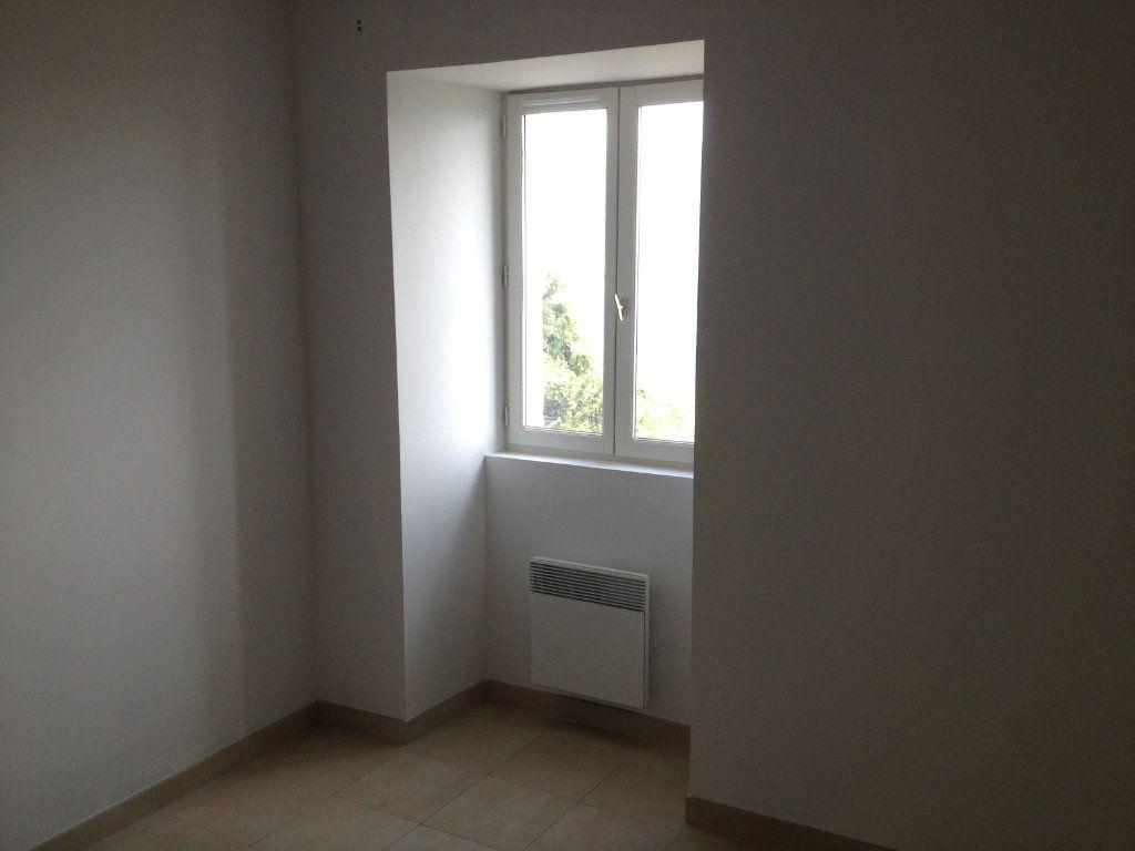 Appartement à louer 3 61.88m2 à Carros vignette-8