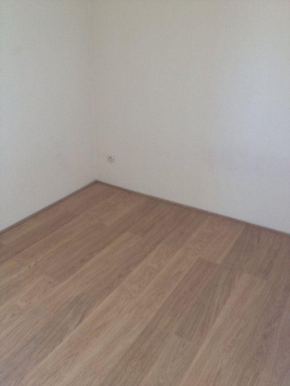 Appartement à louer 3 61.88m2 à Carros vignette-12