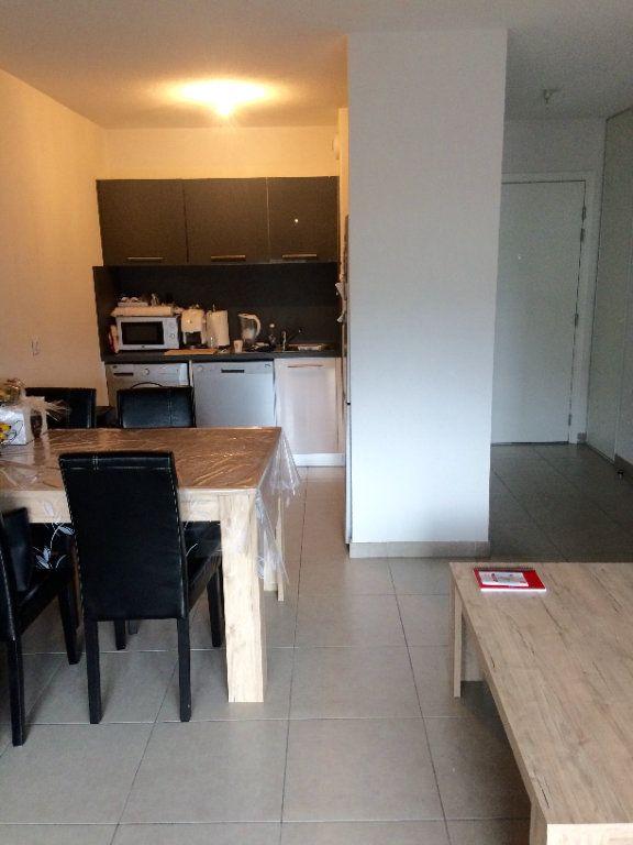 Appartement à louer 2 41m2 à Carros vignette-2