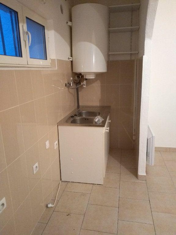 Appartement à louer 1 31.55m2 à Carros vignette-3