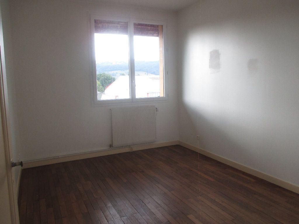 Appartement à louer 3 90.99m2 à Les Échelles vignette-6