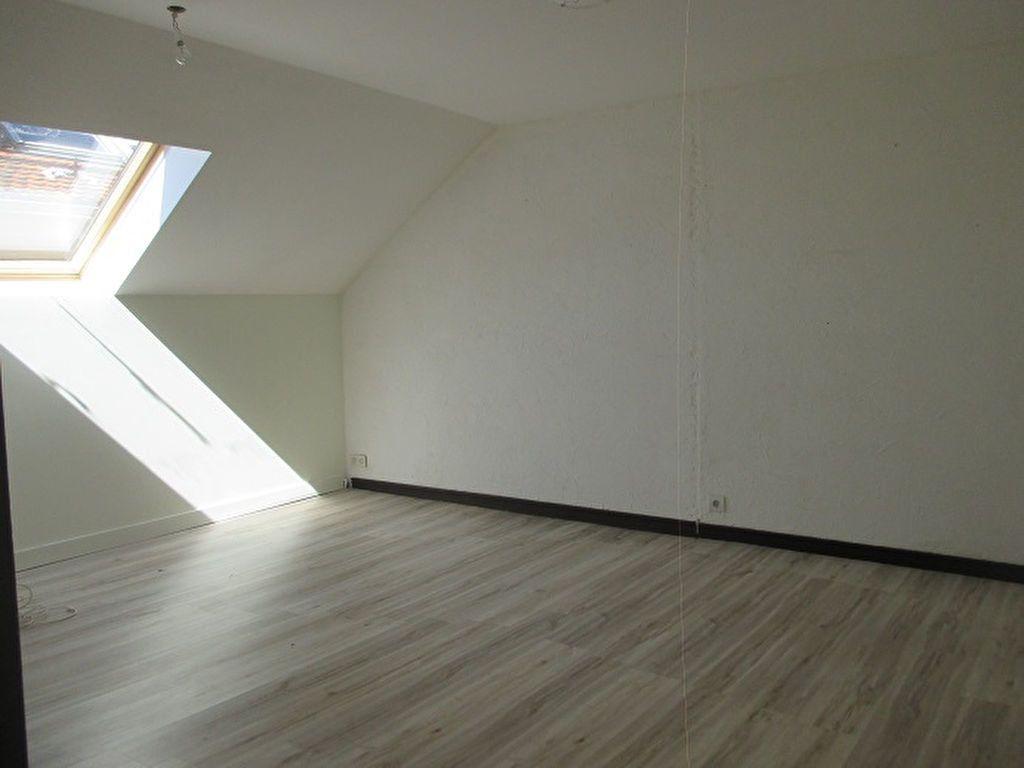 Appartement à vendre 3 58.13m2 à Saint-Laurent-du-Pont vignette-3