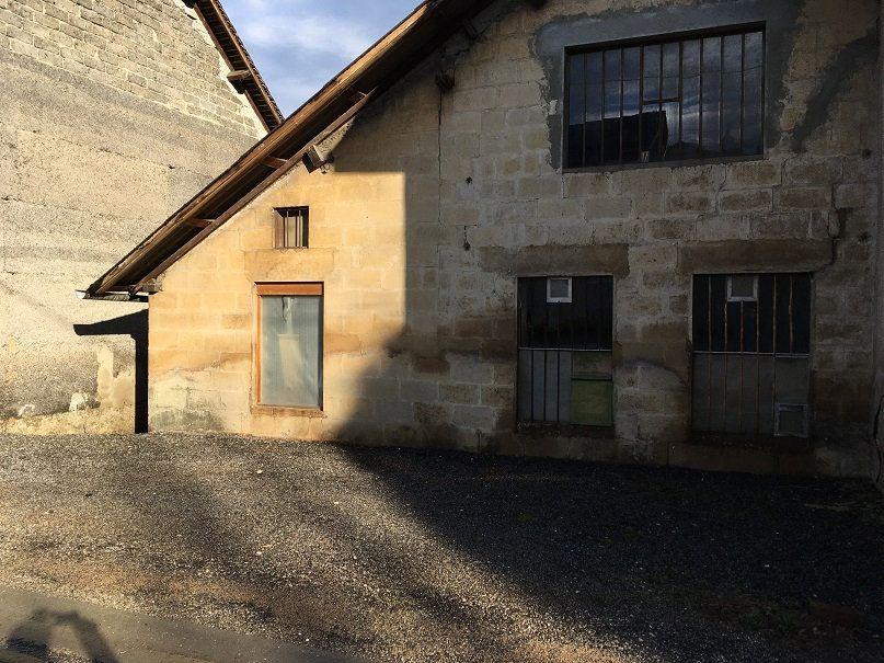 Maison à vendre 1 69m2 à Entre-deux-Guiers vignette-2