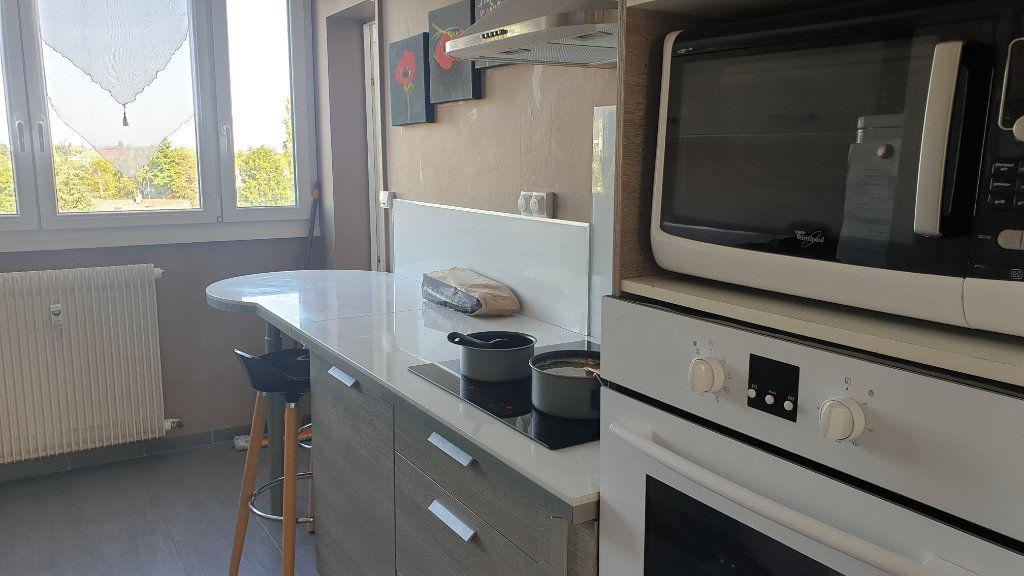 Appartement à vendre 3 60m2 à Chalon-sur-Saône vignette-3