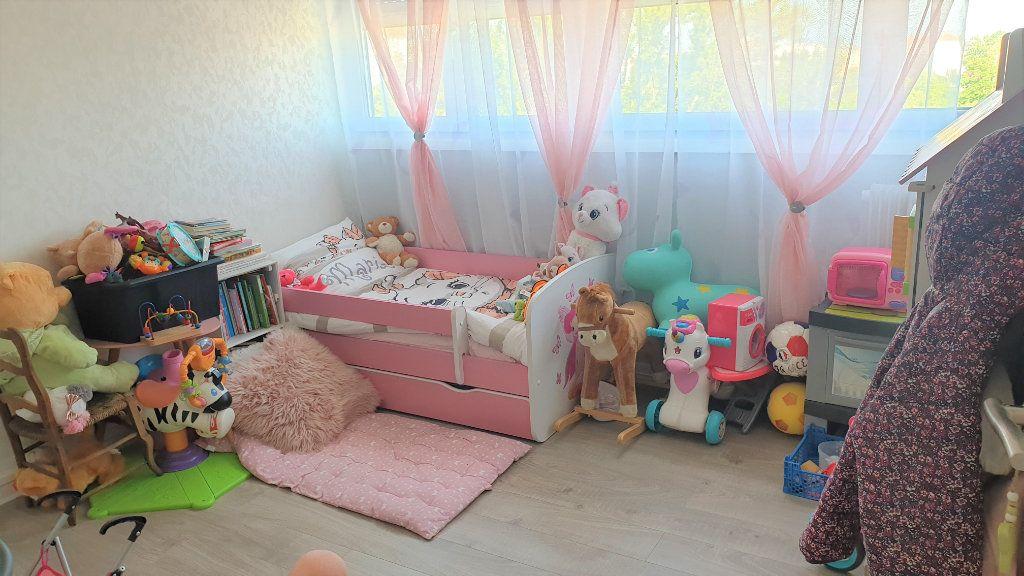 Appartement à vendre 3 60m2 à Chalon-sur-Saône vignette-5