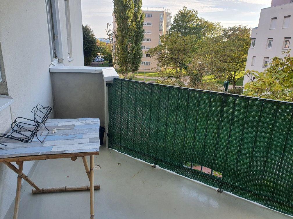 Appartement à vendre 5 99m2 à Chalon-sur-Saône vignette-1
