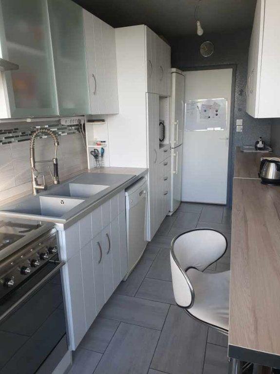 Appartement à vendre 5 99m2 à Chalon-sur-Saône vignette-3