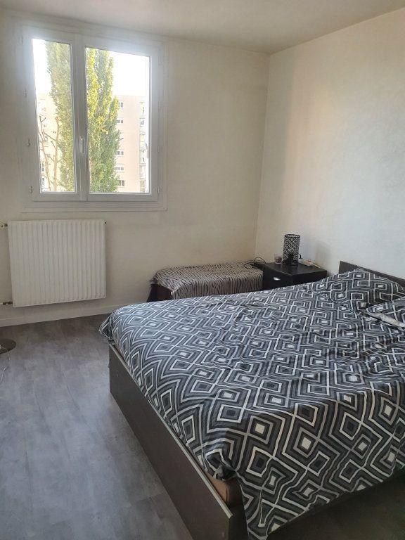 Appartement à vendre 5 99m2 à Chalon-sur-Saône vignette-4